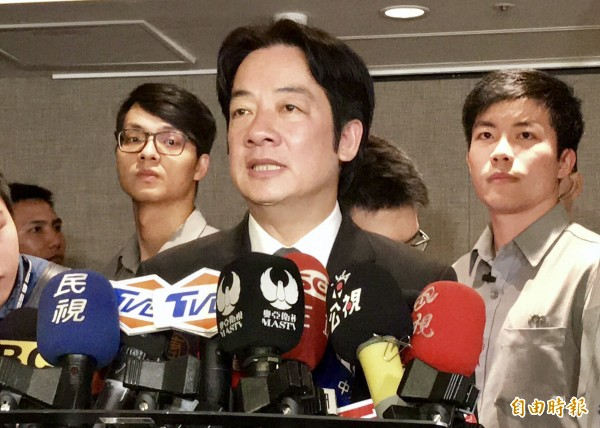 賴清德說,台灣社會不會允許政府,政府也不敢去傷害大學自治,社會也不會接受任何一個人以大學自主作為護身符躲在後面,迴避個人的責任。(記者黃耀徵攝)