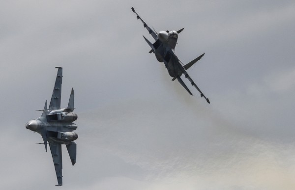 俄羅斯一架蘇-30戰機於敘利亞沿岸的地中海墜毀,導致2名飛行員死亡。蘇-30示意圖。(歐新社)