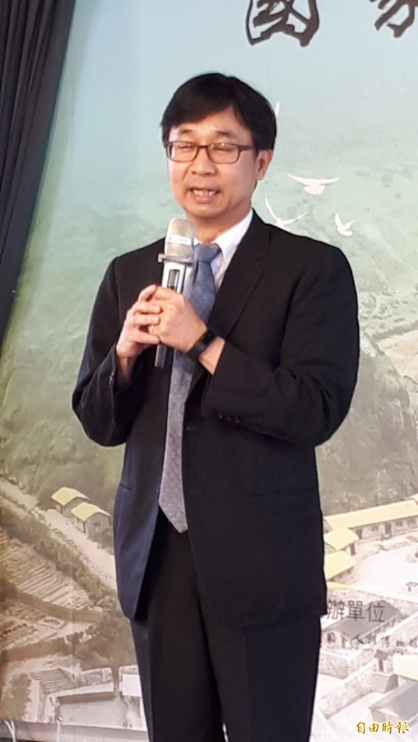 國家人權博物館館長陳俊宏說明17日將於綠島園區揭牌。(記者黃明堂攝)