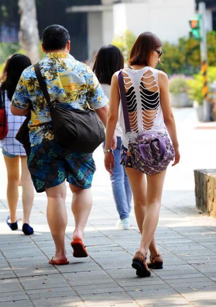吳德榮表示,過去這幾天晴朗炎熱的天氣還要持續一週以上。(資料照)