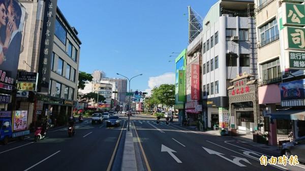 台南捷運綠線擬改走成功路、西門路,引起沿線住戶連署反對。(記者洪瑞琴攝)