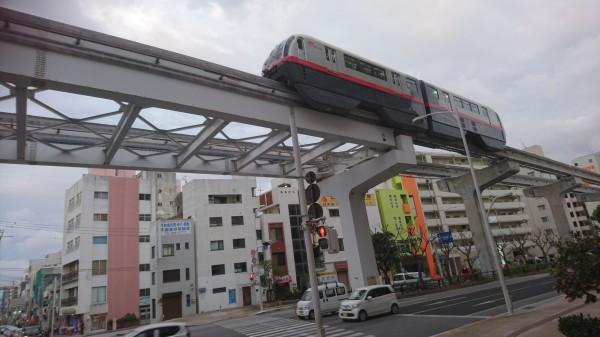 台南捷運規劃將採行類似沖繩高架單軌系統。(記者洪瑞琴攝)