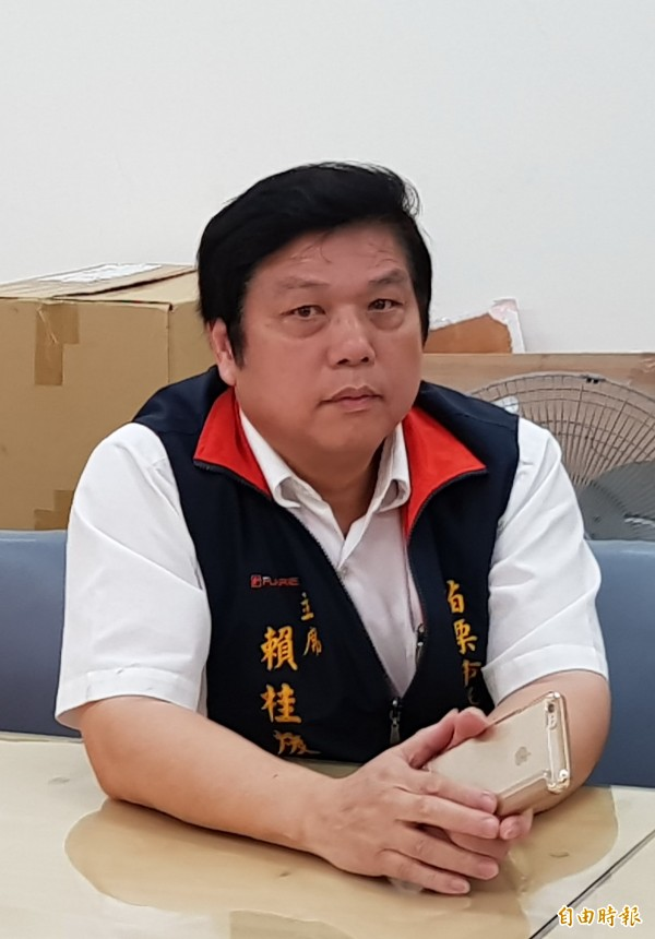苗栗市代表會主席賴桂煖也強調「當初3人都說會參選到底」。(記者彭健禮攝)