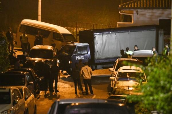納吉布因涉貪遭警方搜索,警方16日起分別在一馬公司、納吉私宅與相關住所等處進行搜索。(資料照,美聯社)
