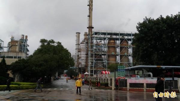 台灣中油公司本月22日至28日將模擬煉油廠、液化天然氣廠發生爆炸、火災等災情,透過手機傳送災防告警訊息給附近民眾,呼籲收到訊息的民眾勿驚慌。(資料照)