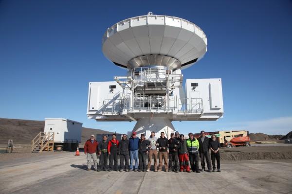 中研院天文所主導格陵蘭望遠鏡計畫,在北極圈架設第一座次毫米波天文觀測站,將挑戰首度取得黑洞相關影像。(中研院天文所提供)