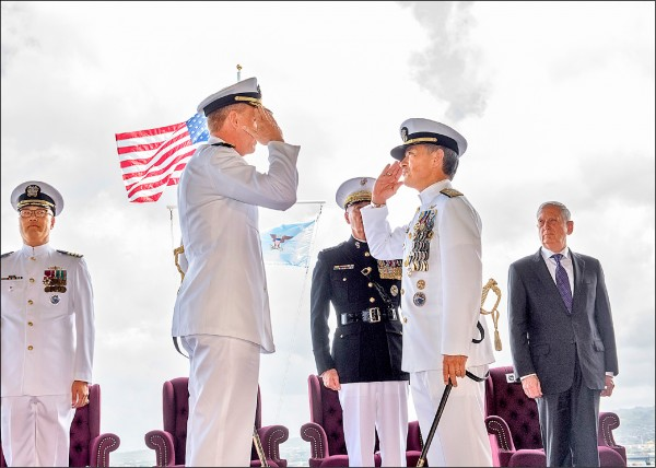 美軍印太司令部(原稱太平洋司令部)5月30日舉辦司令交接典禮,我國國防部副部長沈一鳴上將、參謀總長李喜明上將皆出席。(取自網路)