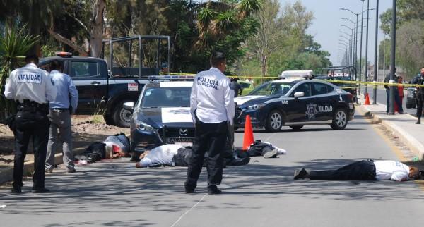 墨西哥昨日有6名交通警察遭持槍歹徒射殺,為近幾個月來,墨西哥傷亡最慘重的社會案件之一。(法新社)