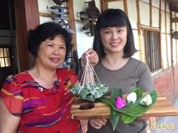 劉馨鎂與媽媽邱寶玉合作研發冰粽。(記者張存薇攝)