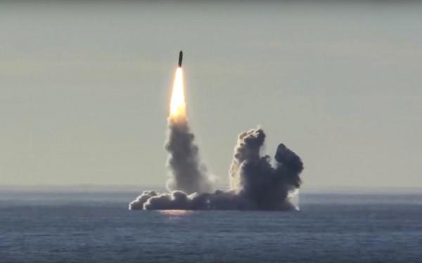為了發現各國隱藏的核子武器,美國正研發AI系統,希望在核彈發射前先找出飛彈。圖為飛彈示意圖。(資料照,美聯社)