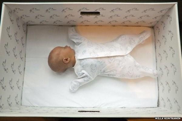 普比哈在懷第4胎期間,不斷遭鄰居嘲笑;夫妻倆便在寶寶出世後,將他棄置在教堂外。寶寶與本文無關(示意圖)