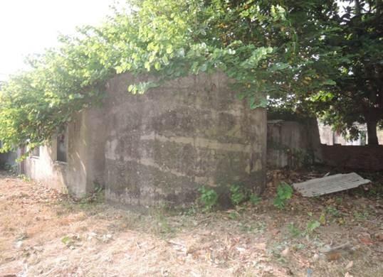 台南市古蹟審議委員會通過擴大傳原通訊所歷史建築本體,油槽及其控制室也指定為歷史建築。(記者洪瑞琴翻攝)