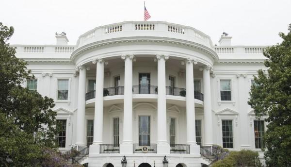 《金融時報》報導,白宮要求美航空業者不要配合中國的一中追殺。(彭博)
