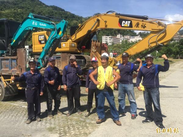 知本溫泉區成立全縣第一個重機具搶救班及志工隊。(記者張存薇攝)