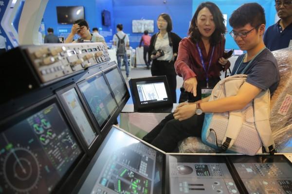 北京大學教授佩帝斯直言,中國缺乏創新能力,難以取代美國在高科技產業的龍頭地位。(歐新社)