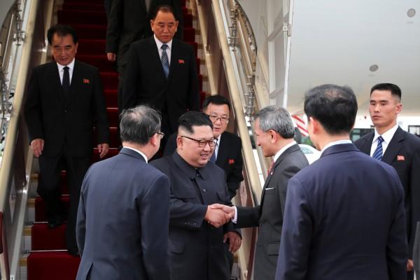 「川金會」在即,北韓領導人金正恩今(10)日下午已搭乘專機抵達樟宜機場。(路透)