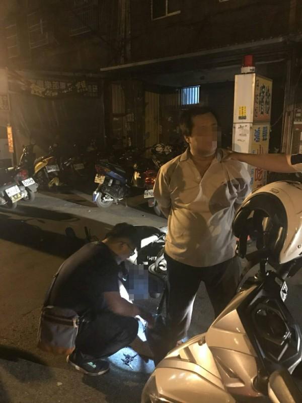 阮姓男子涉嫌偷竊機車被警方查獲。(記者周敏鴻翻攝)