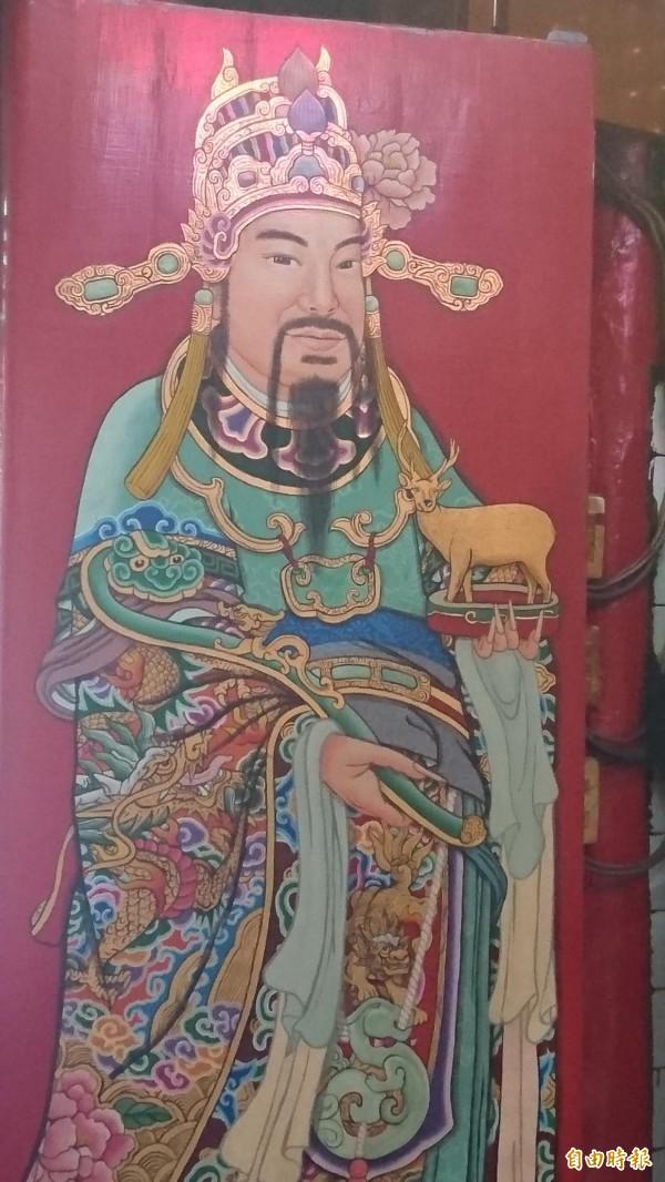 明星臉!六合境大埔福德祠的門神,因為神似影星劉德華在電影《瘦身男女》中的模樣,曾引起話題。(記者劉婉君攝)