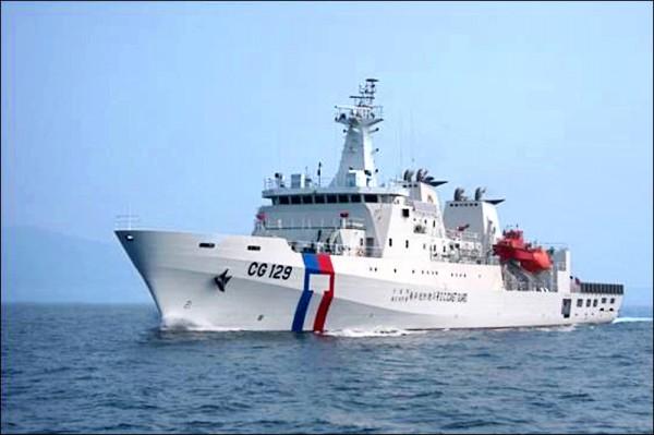 海巡署籌建四艘四千噸級的新式海巡艦,艦上將配備野戰醫院等級的完善醫療救援能量。圖為海巡署3千噸級的高雄艦。(圖:取自海巡署官網)