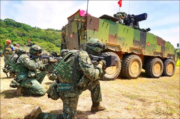 美國參議院以85比10十的票數通過2019財年國防授權法案,要求美派軍參加台灣漢光演習。圖為漢光34號演習場景。(軍方提供)