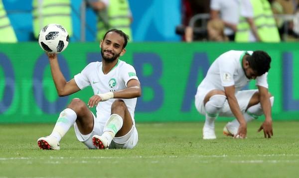 本屆世界盃足球賽頻頻出現足球在比賽中漏氣的狀況。(路透)