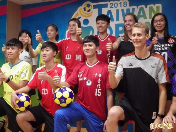 台灣合球運動全球排第二,最講求男女平等。(記者陳心瑜攝)