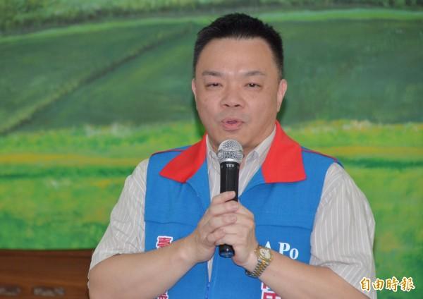 國民黨市長提名人高思博強調,仍未放棄在野的整合。(記者吳俊鋒攝)