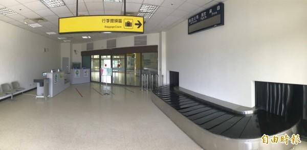 恆春機場完成國際線的出入境設備。(記者蔡宗憲攝)