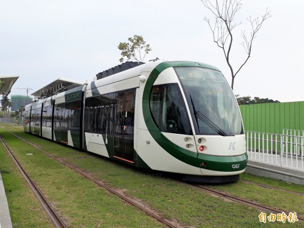 東港觀光鐵道將引進輕軌系統。(記者侯承旭攝)