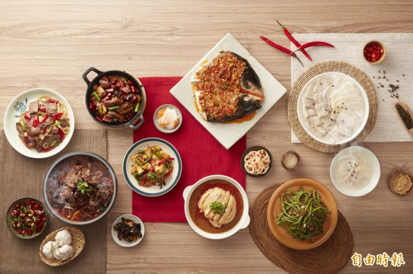 開飯川菜色讓人看了食指大動。(圖/開飯川食堂提供
