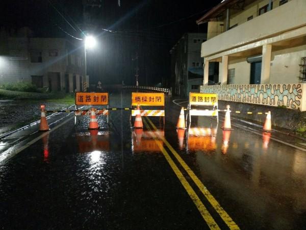 強颱瑪莉亞來襲,高雄山區道路晚間8點起實施預警性封閉。(資料照、記者黃佳琳翻攝)