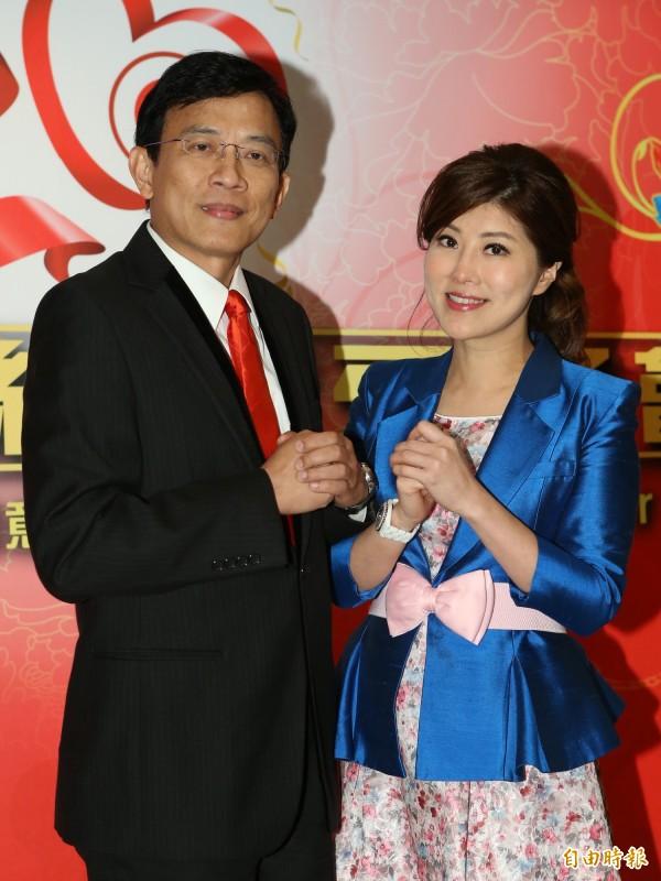 李晶玉(右)和丈夫彭文正。(記者陳逸寬攝)