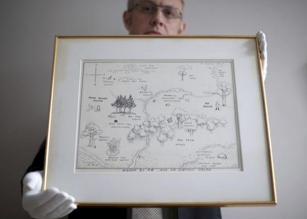 《小熊維尼》原稿拍賣以1700多萬元成交,成為史上最貴插畫。(美聯)