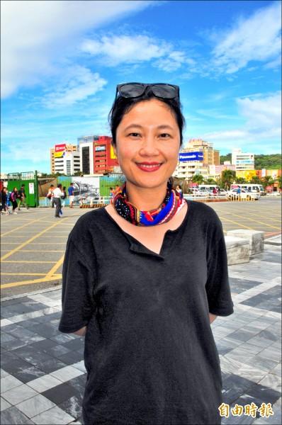 谷辣斯.尤達卡昨回到花蓮老家,族人聽到她將擔任行政院發言人都與有榮焉。 (記者花孟璟攝)