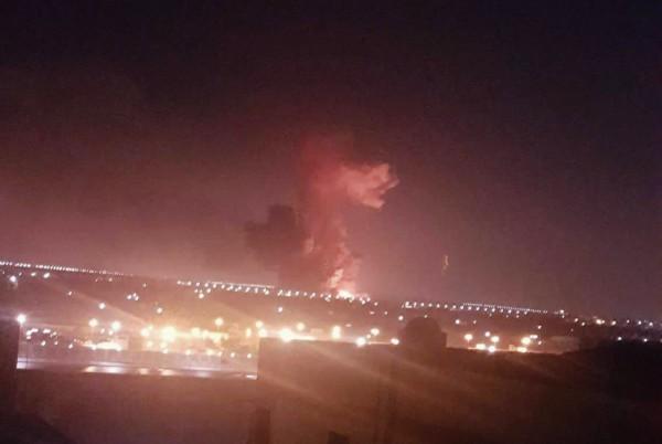 埃及開羅國際機場外發生化工廠劇烈爆炸,導致12人受傷送醫。(美聯社)
