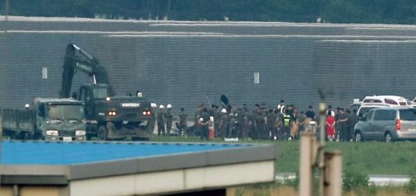 南韓海軍陸戰隊一架國產軍用直升機「MUH-1」,今(17)日下午在浦項市的軍用機場墜毀。(歐新社)