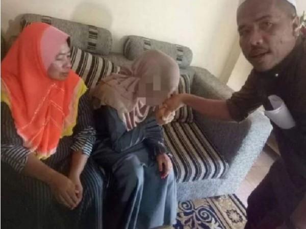 馬來西亞41歲穆斯林富商仄阿都卡林(Che Abdul Karim Che Hamid)婚姻備受爭議,但他表示早在女孩7歲時就愛上她。(圖截取自news.com.au)