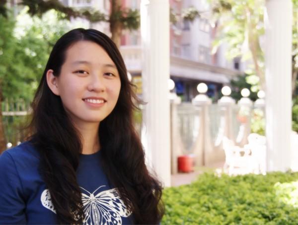 北一女劉亭昀外型清秀亮麗,指考考出好成績,可能是全國榜首。(劉亭昀提供)