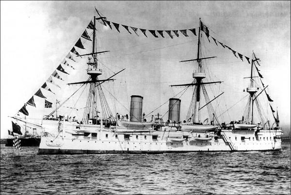 俄國軍艦「德米崔.頓斯科伊號」舊照。(取自網路)