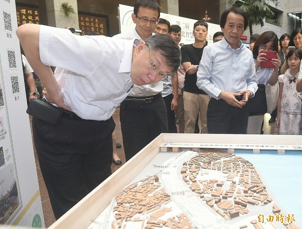 台北市長柯文哲出席地政局活動。(記者廖振輝攝)
