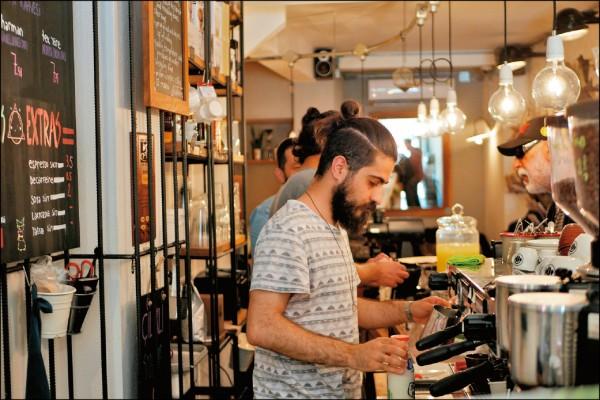 土耳其的咖啡歷史悠久,近來也有不少氣氛極佳的獨立小店在大城市開張。(圖片提供/Peilun)
