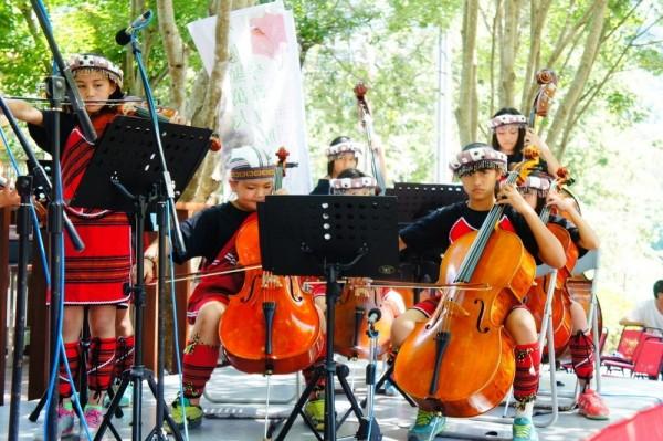8月5日在武陵農場舉行的愛樂琴聲Kyawan音樂饗宴音樂會,將邀請為國爭光的「親愛愛樂弦樂團」現場演出。(雪霸國家公園管理處提供)