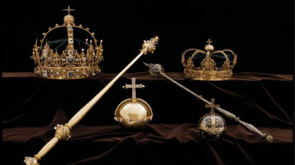 瑞典王室的無價之寶週二在光天化日之下被盜,收藏在教堂內的2件17世紀王冠和一個王權寶球(royal orb)被2名男子竊走。(圖取自royal central網站)