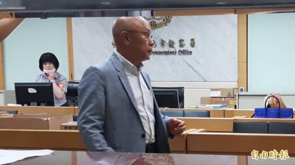 聚碩董事長兼總經理吳祚綏300萬元交保。(記者謝君臨攝)