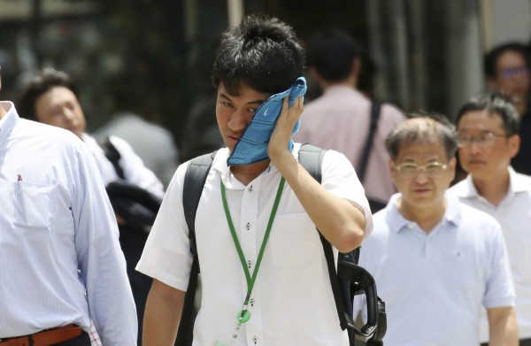 日本夏天常飆出40度的高溫。(美聯社)