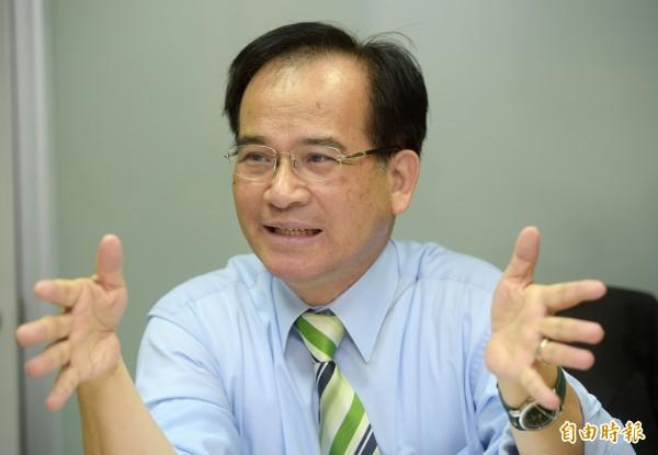 蘇煥智(見圖)表示,平均數與中位數不同,不該誤導。(資料照,記者黃耀徵攝)