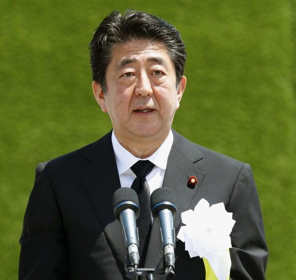 安倍則預計到8月下旬才會發表爭取第三次連任黨魁的談話。(美聯社)