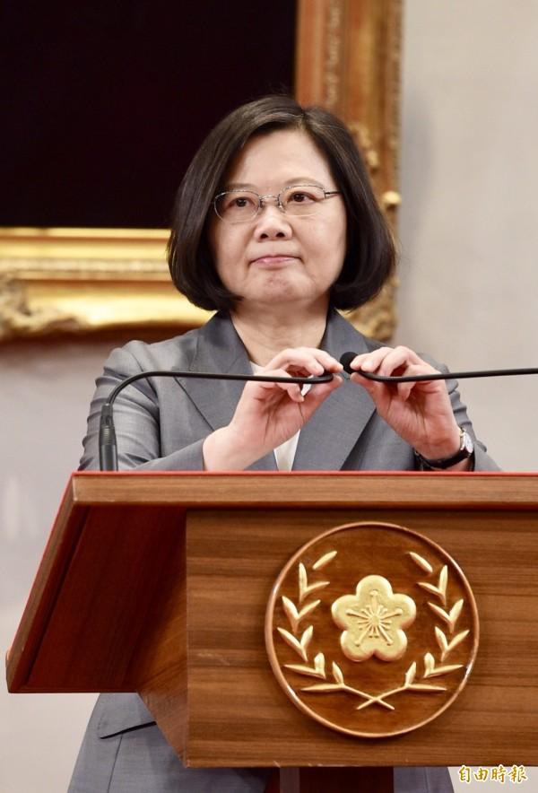 總統抨擊中國說,中國正以加深對台灣的壓力,以凸顯對區域的影響力,現在的兩岸問題不再是兩岸之間的問題,更已是區域問題。情勢的迫切,已經不容許我們有任何一點姑息!(記者羅沛德攝)