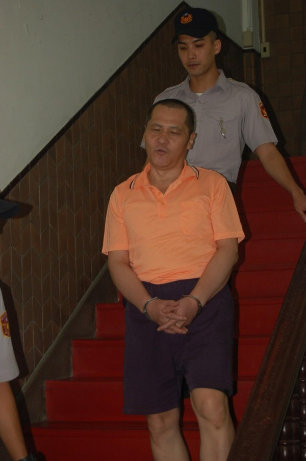 翁仁賢今出庭表示,他都願意被羈押,以後高院不必浪費司法資源開羈押庭了。(記者楊國文攝)