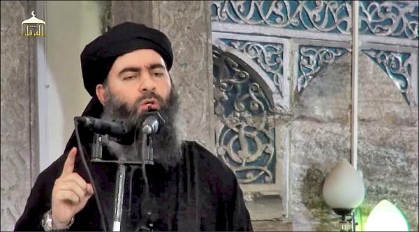 伊斯蘭國首腦巴格達迪二○一四年的演說畫面。(法新社檔案照)